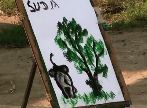 Painting_of_a_tree_and_and_Elephant_by_an_Elephant